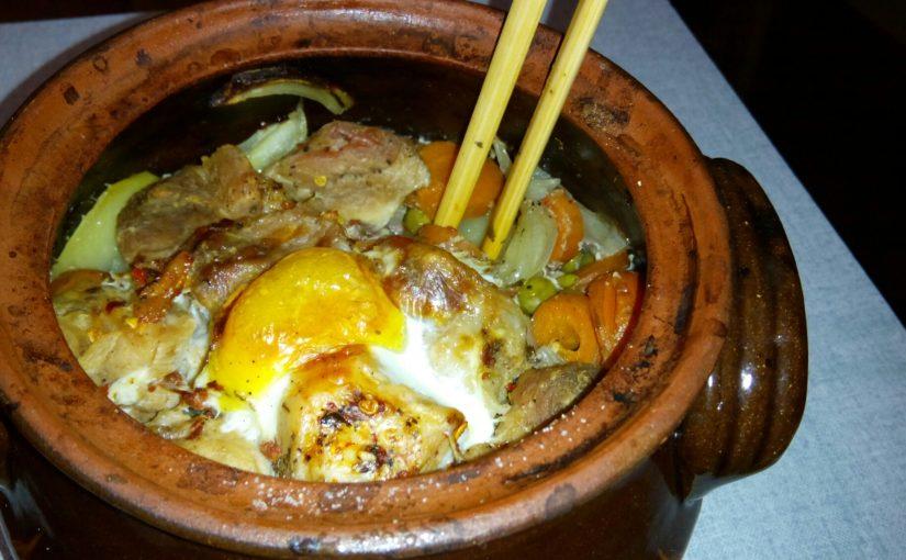 Свинска супа със зеленчуци + четворка гювечета
